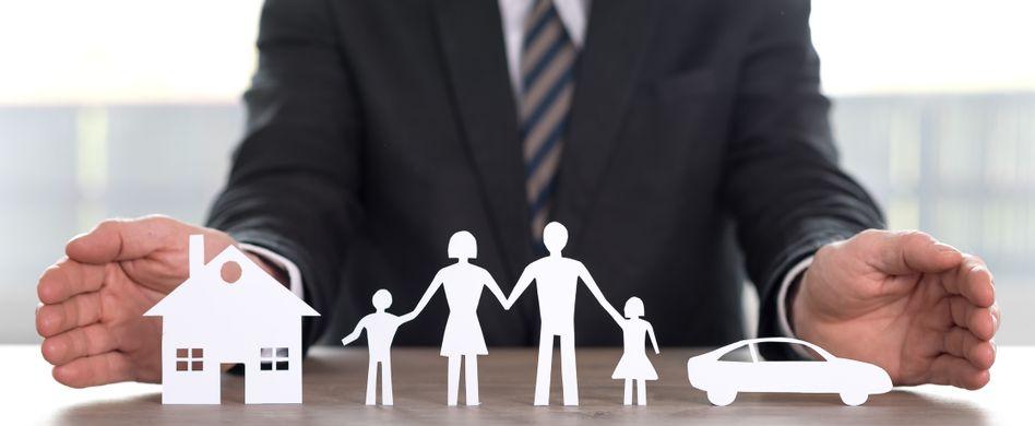 Die Pflichtversicherungen sollen Sie durch sinnvolle Zusatzversicherungen ergänzen.