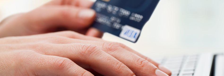 Kreditkarte sperren – die schnelle Nummer für Notfälle