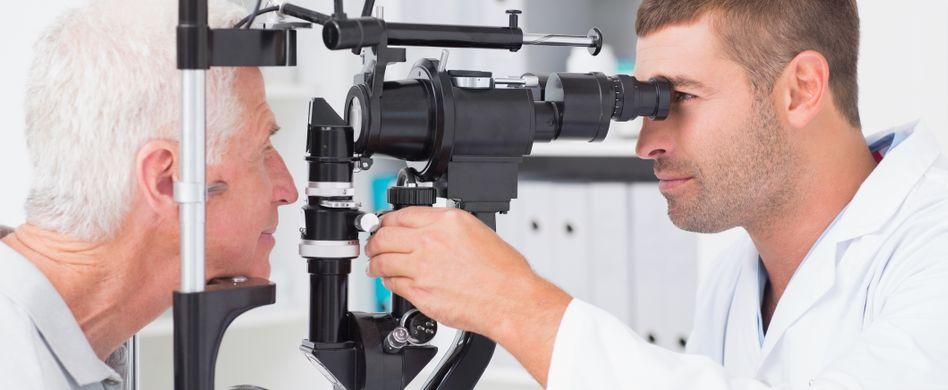 Schlaganfall im Auge: Das passiert bei einem Sehsturz