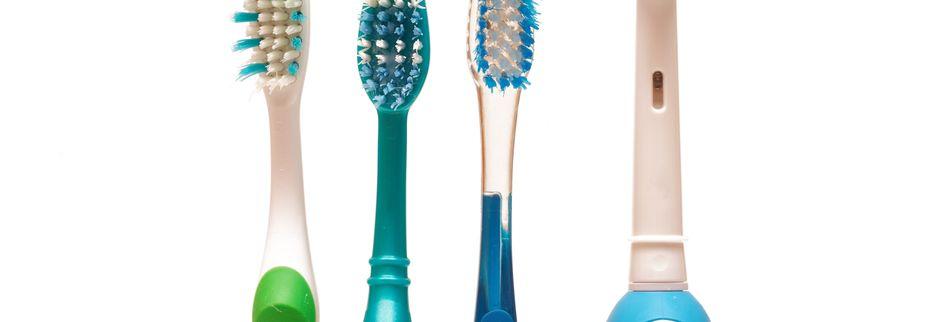 Elektrische Zahnbürste oder Handzahnbürste nutzen?