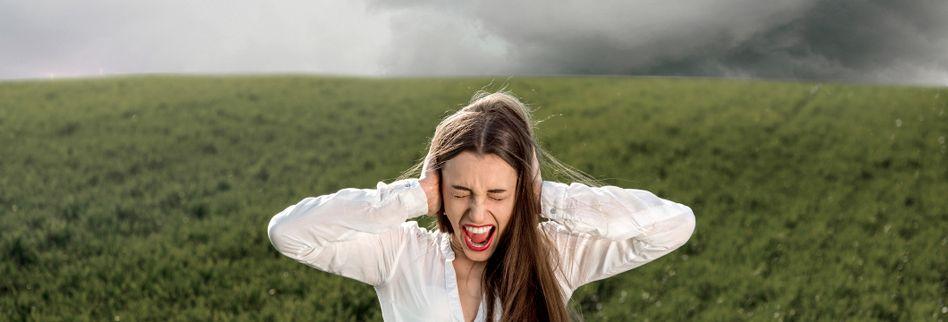 Wetterfühligkeit: Kann das Wetter Kopfschmerzen bereiten?