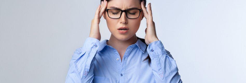 Kopfschmerzen was tun? Die 5 besten Tipps gegen Kopfschmerzen