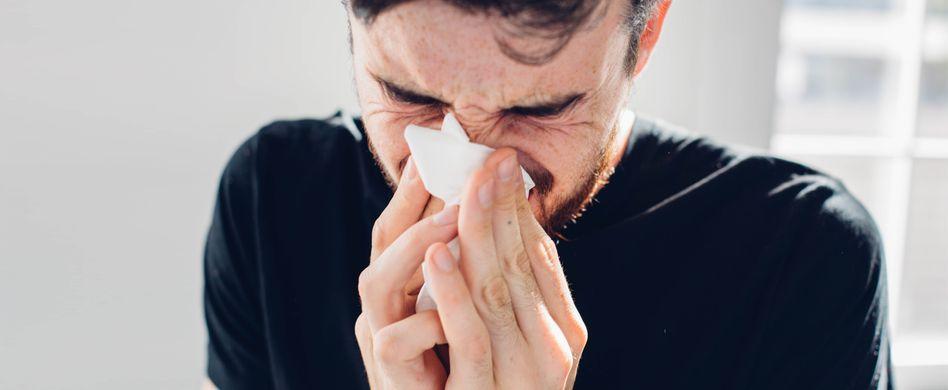 Warum niest man? Darum ist der Niesreflex so wichtig für den Körper