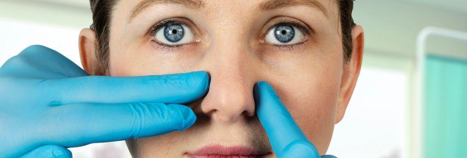 Nasenscheidewandverengung: Ursachen, Symptome & Behandlung