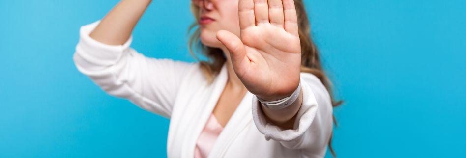 Was ist eine Stinknase? Ursachen der Borkenbildung in der Nase