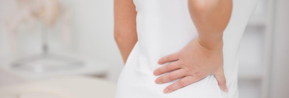 Anzeichen für einen Bandscheibenvorfall: Symptome rechtzeitig erkennen