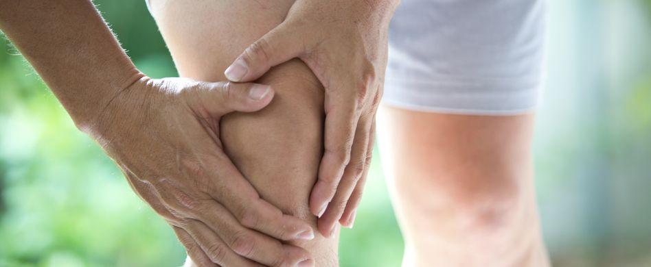 Das sind die Symptome von Arthrose