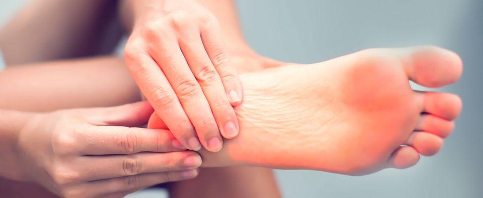 Rheuma im Fuß: Symptome und Behandlung der Entzündung