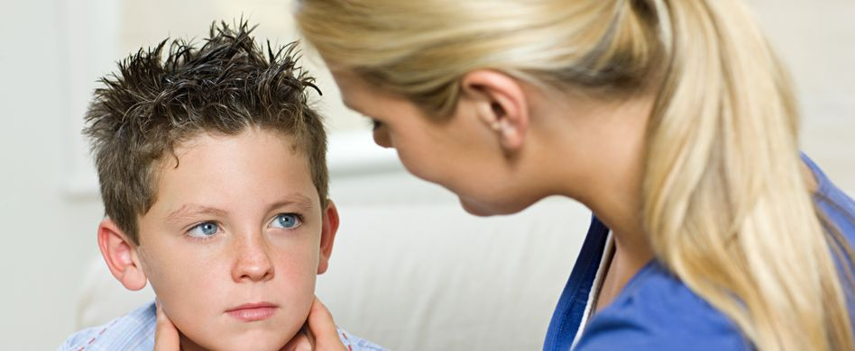 Mumps bei Kindern erkennen: Symptome richtig deuten