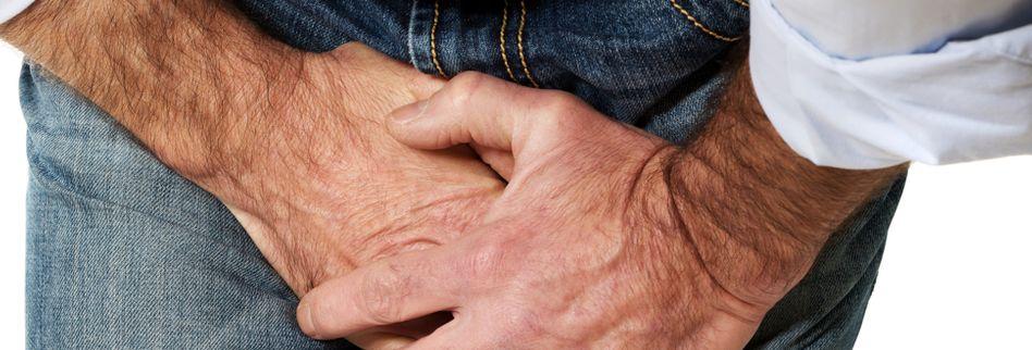 Leistenbruch: 3 Symptome beim Mann