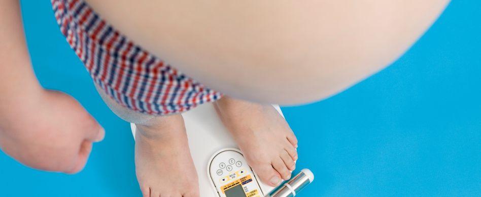 Adipositas: Symptome von krankhaftem Übergewicht