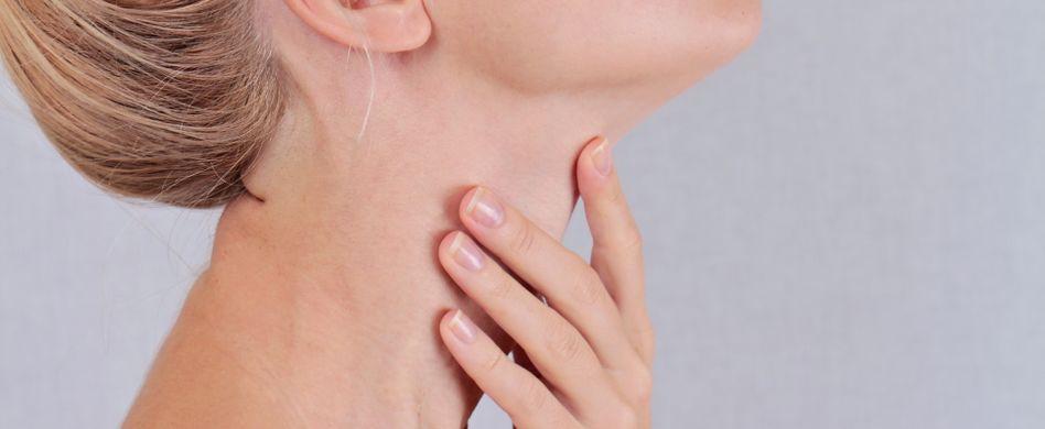 Hashimoto: Symptome & Ursachen der Autoimmunerkrankung