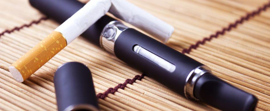 Dampfen statt Rauchen: Helfen E-Zigaretten beim Aufhören?
