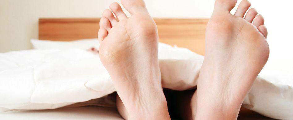 Hornhaut entfernen an den Füßen: Tipps für zarte Fußhaut