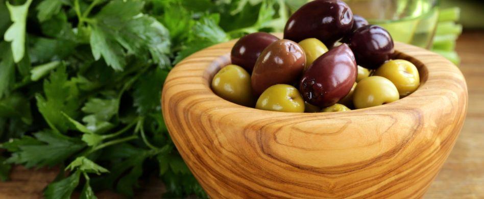 Mediterrane Köstlichkeit: Warum Oliven gesund sind und schön machen