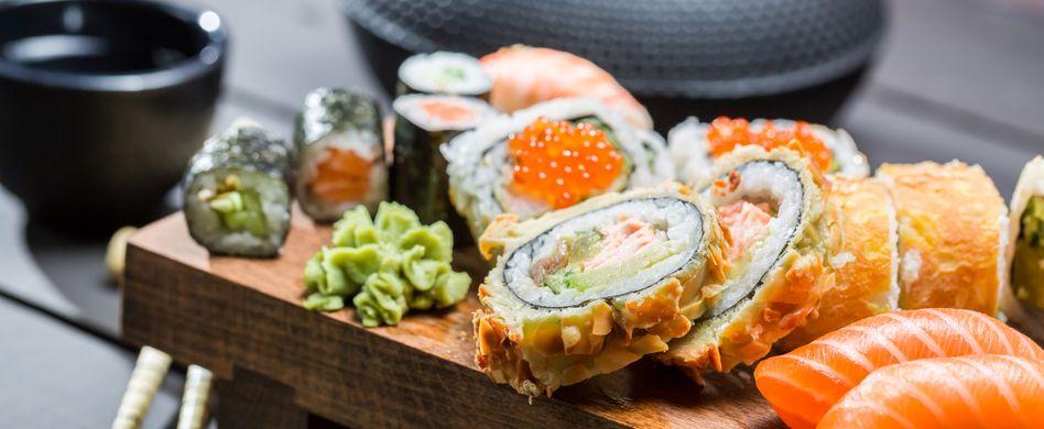 Ist Sushi gesund? Nährstoffe und Kaloriengehalt des leckeren japanischen Gerichts
