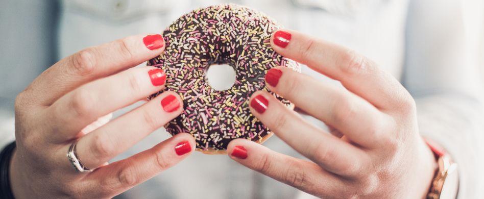 Zuckerfrei ernähren: 4 Tipps, damit es funktioniert