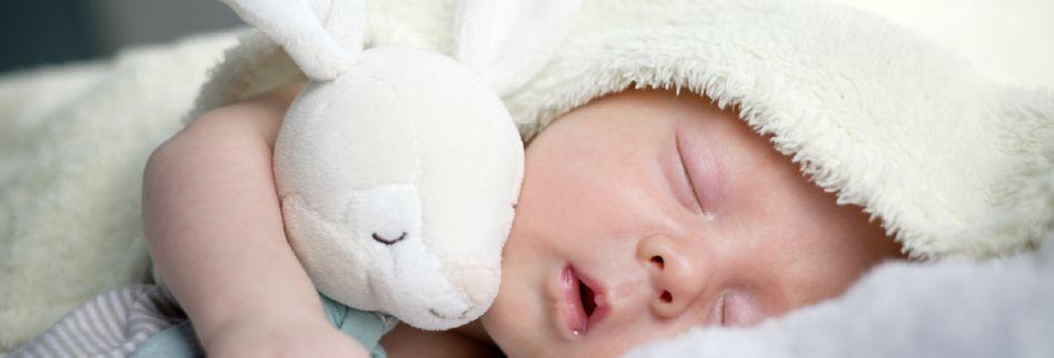 Vitamin K fürs Baby: Schutz vor Mangelblutungen nach der Geburt