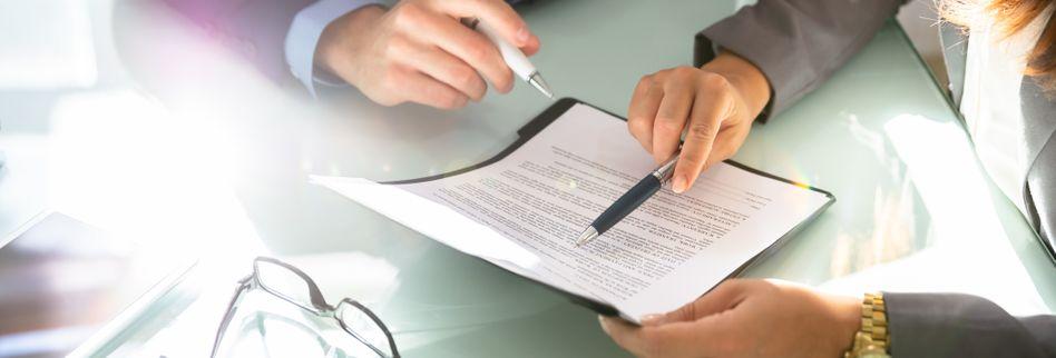 Befristeter Arbeitsvertrag: Diese Regelungen gelten