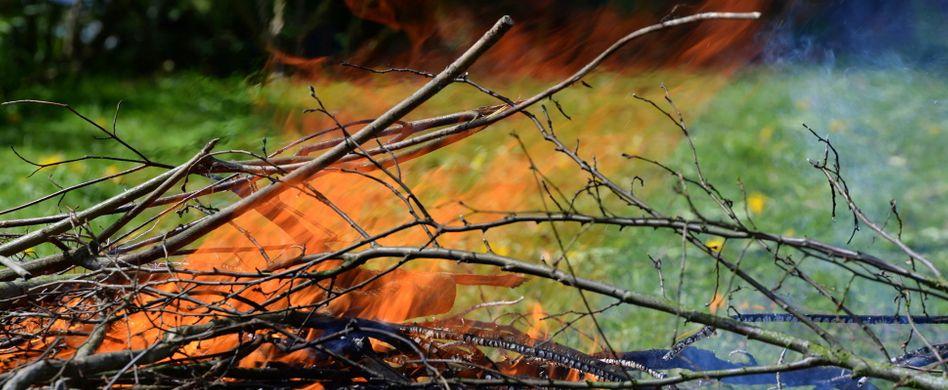 Feuer machen im Garten: Wann Nachbarn es nicht hinnehmen müssen
