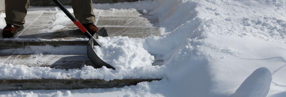 Räum- und Streupflicht im Winter - Das ist die Rechtslage für Mieter und Hausbesitzer