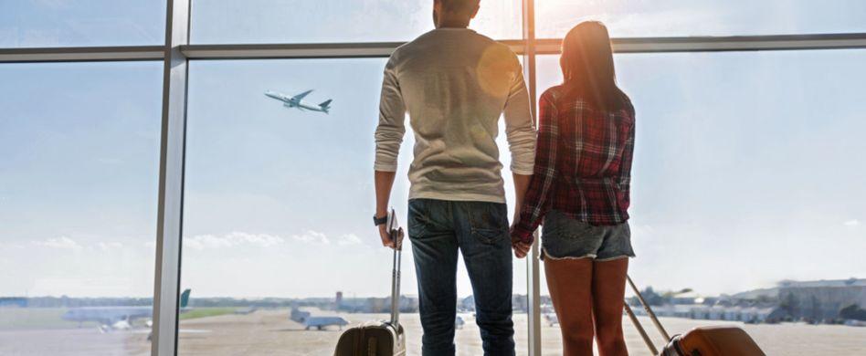 Mile High Club: Ist Sex auf der Flugzeugtoilette strafbar?