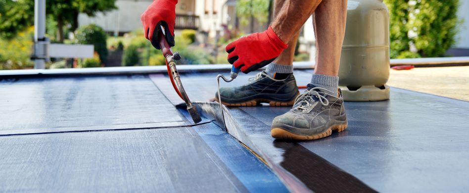 Dachwartung und -sanierung: Ein langes Leben für Ihr Dach