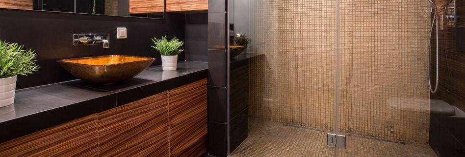 Bodengleiche Dusche abdichten: Keine Chance für feuchte Wände