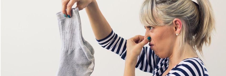 Wäsche stinkt nach dem Waschen: Was tun?
