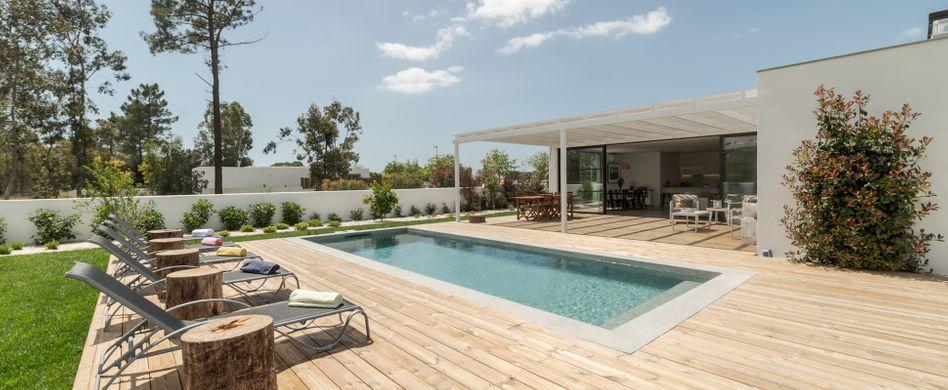 Kleiner Pool, große Erfrischung: Ideen für kleine Gärten
