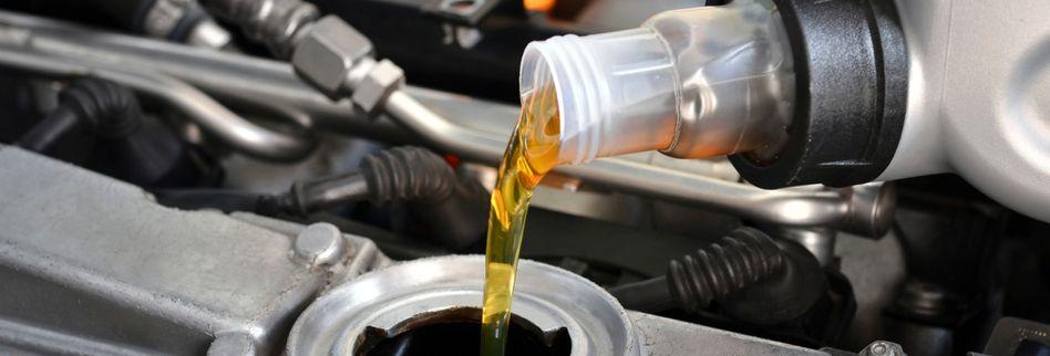 Altöl entsorgen: Das müssen Sie bei der Öl-Entsorgung beachten
