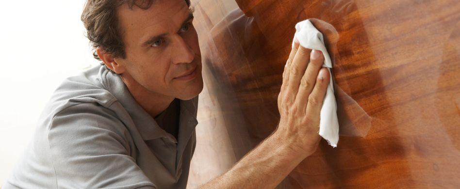 Holz polieren: So pflegen Sie Ihre Holzmöbel