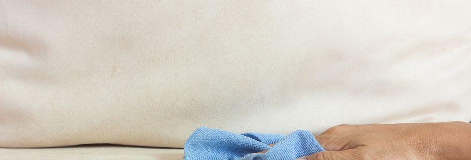 Stockflecken entfernen: 5 Tipps gegen Flecken auf Matratzen und Möbeln