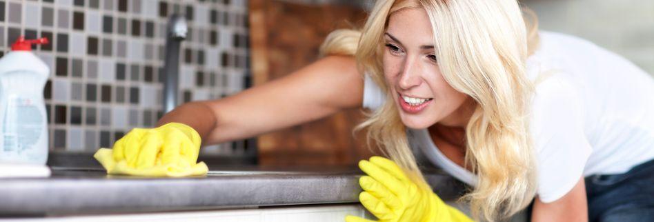 Fett entfernen: 4 Tipps gegen Verschmutzungen in Ihrer Küche