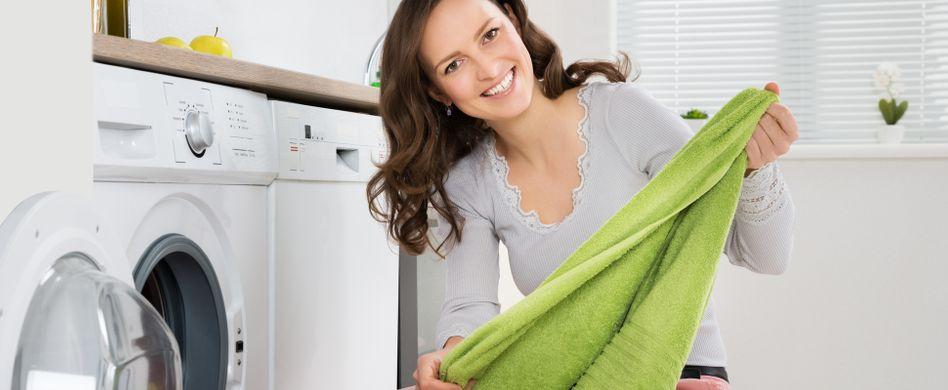 Waschen mit Essig: 6 Gründe für das natürliche Waschmittel
