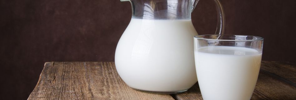 Saure Milch nicht wegschütten! 4 Tipps, wie Sie diese verwerten können
