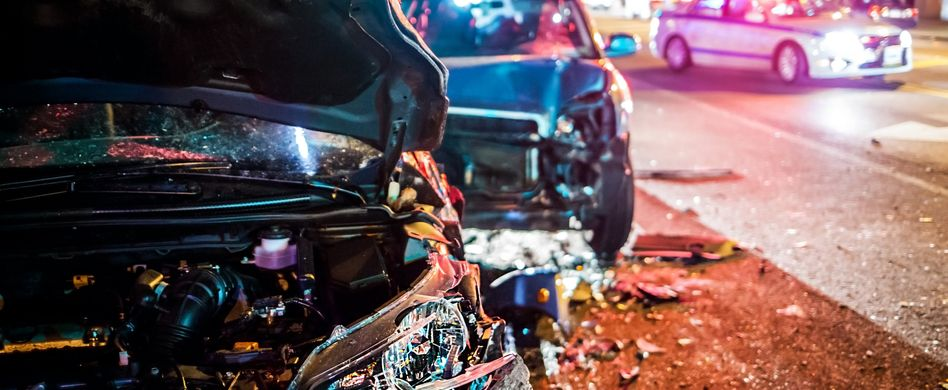 Erste Schritte bei einem Verkehrsunfall - So gehen Sie vor