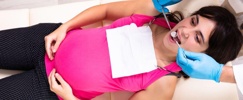 Zahnschmerzen in der Schwangerschaft: Warum Schwangere oft Zahnweh haben